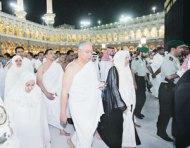 Najib Dan Isteri Tunaikan Fardhu Haji1432/2011