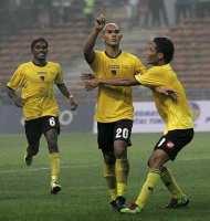 Negeri Sembilan Julang Trofi Piala Malaysia2011